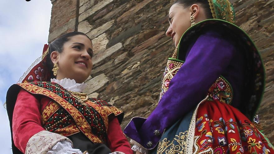 "IV Festival Nacional de Folklore ""Doña Urraca"""