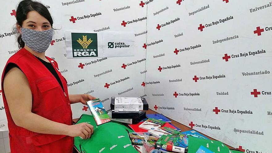 Creu Roja y Caixa Popular aposten per la infància vulnerable davant el virus