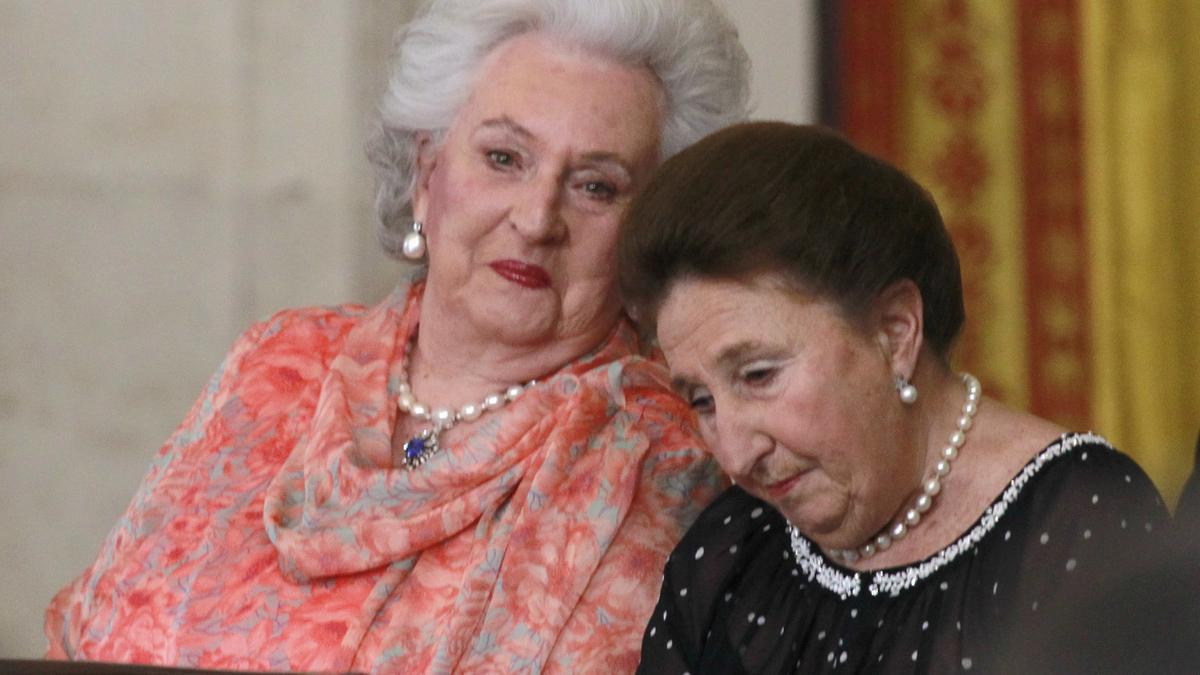 Las infantas Pilar y Margarita de Borbón.