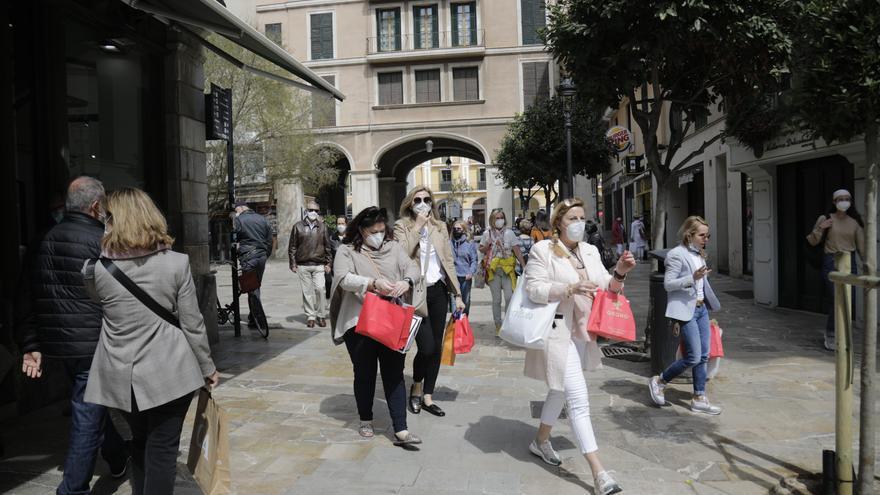 Coronavirus en Baleares: La incidencia cae por tercer día consecutivo y suben casos activos y hospitalizaciones