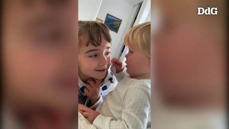 L'entorn de la mare de les nenes desaparegudes difon un vídeo d'elles