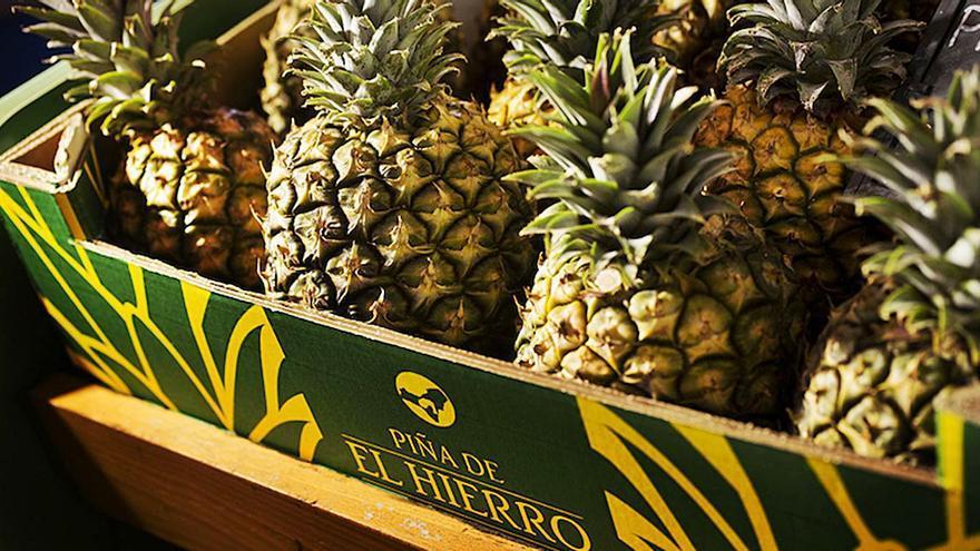 Preocupación en El Hierro por la competencia de la piña tropical foránea