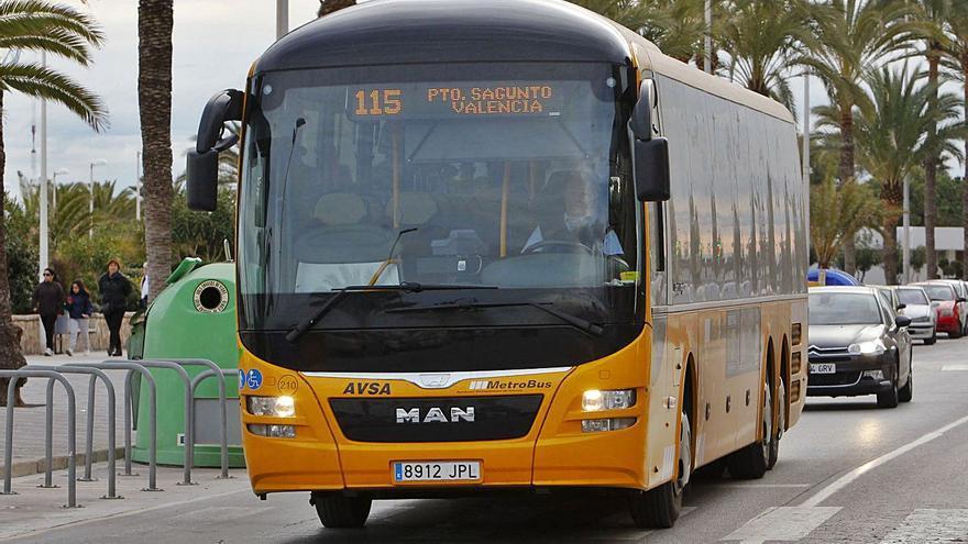 Sagunt reclama a València mejoras en los servicios de autobuses