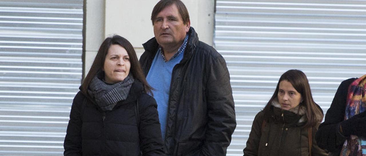 María Ponsoda: «No nos pueden hacer nada más. Ya han matado a mi padre»