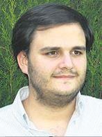 Gonzalo León