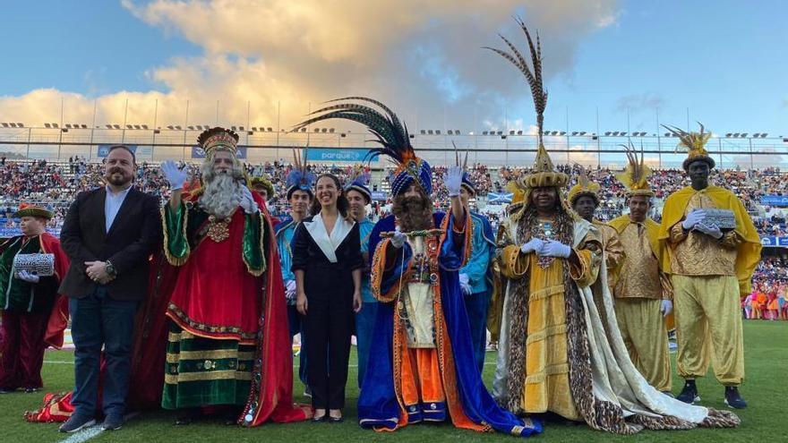 Los Reyes Magos visitan el Reino de los Caramelos