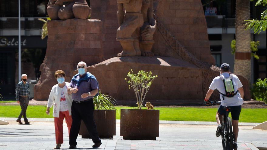 Las dos personas que fallecieron de Covid-19 en Gran Canaria estaban ingresadas