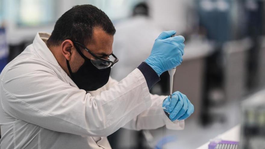 Laboratorios rechazan que las farmacias realicen test