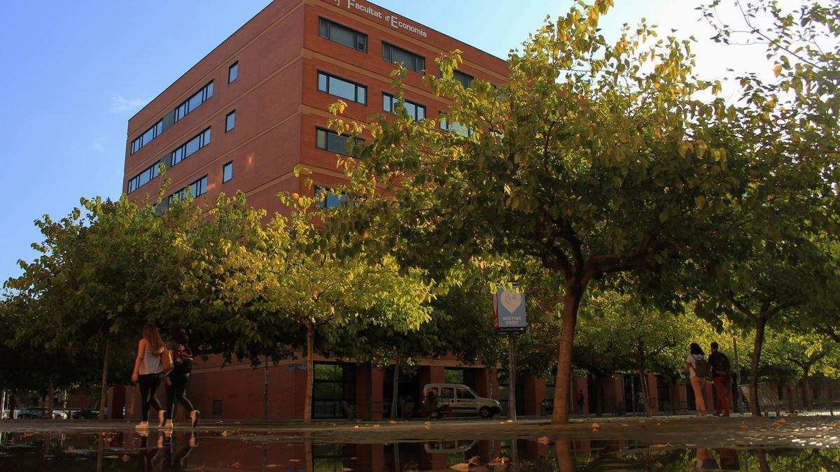 Imagen de la Facultad de Economía de la Universitat de València
