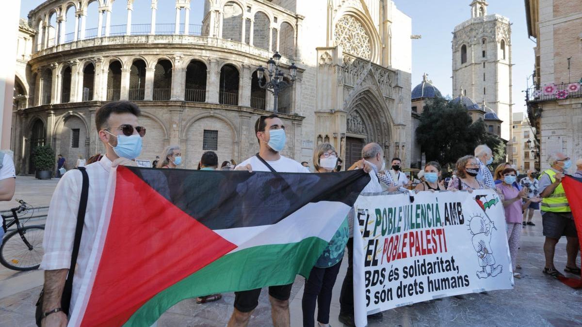 Concentración en defensa del pueblo palestino, ayer.