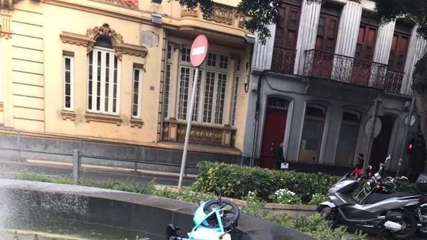 Acto vandálico contra una de las 40 nuevas bicis eléctricas de alquiler
