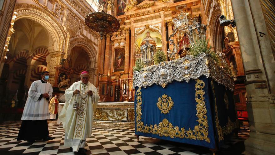 Misa de las hermandades cordobesas en la Catedral en la víspera de la Fuensanta