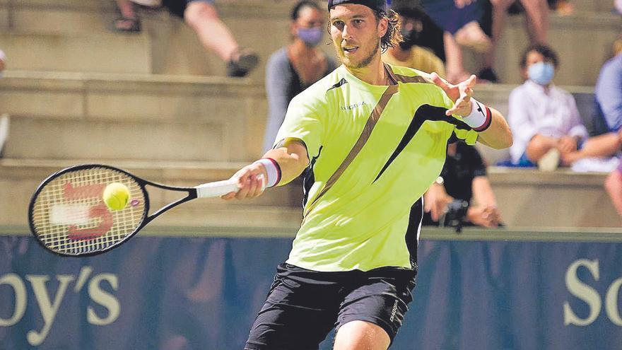 Lacko levanta una bola de partido para conquistar el Rafa Nadal Open