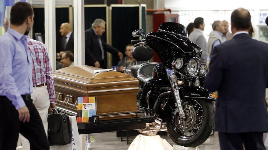 Los entierros del futuro se presentan en València