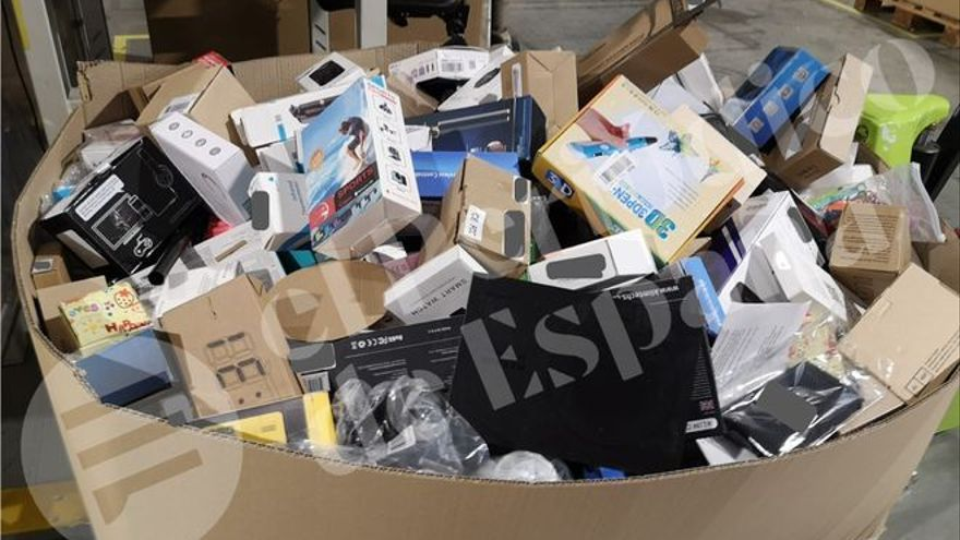 Saica destruye y recicla miles de productos cada día para Amazon