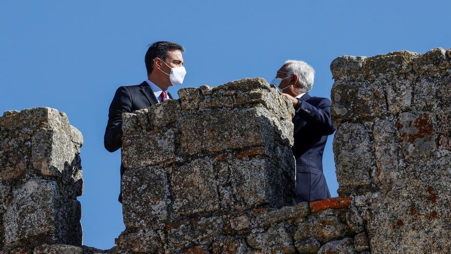 Sánchez recibe a Costa a las puertas de un adelanto electoral en Portugal