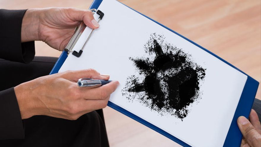 Test de personalidad: ¿y tú qué ves en estas manchas de tinta?
