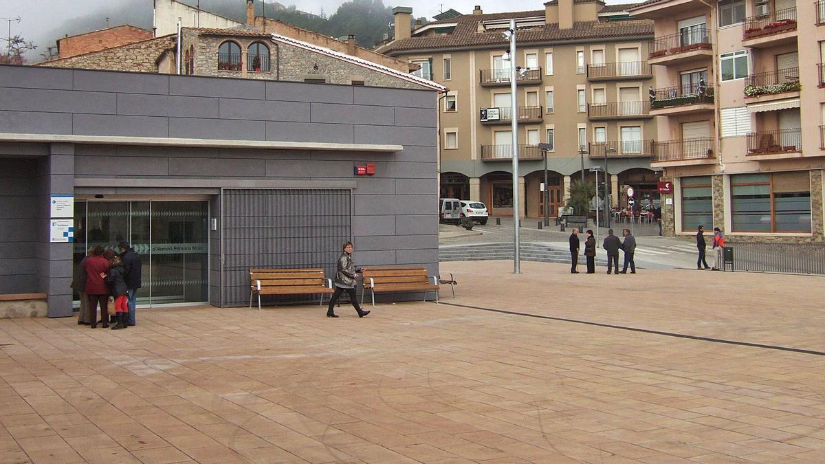 El pàrquing, que té en total tres plantes, és situat sota la plaça del CAP de Moià | ARXIU/OSCAR BAYONA