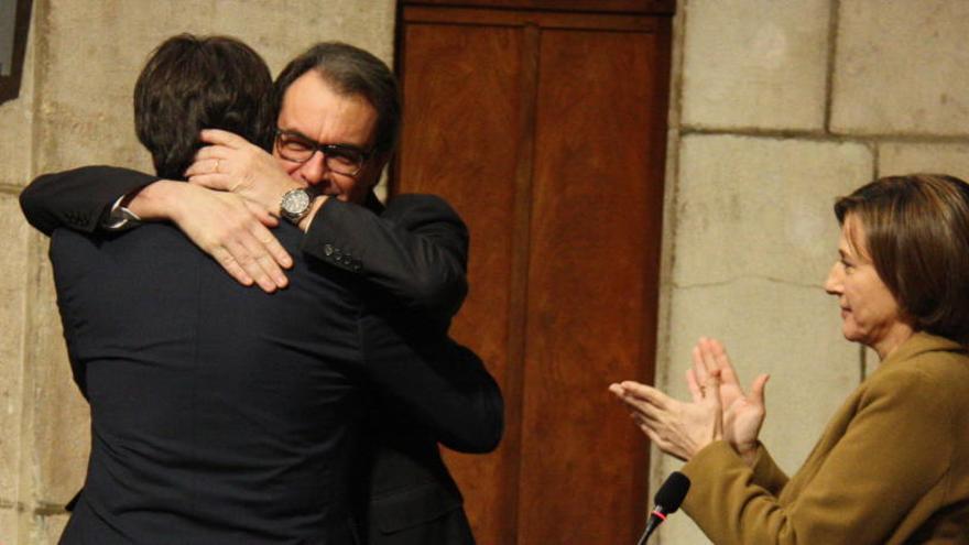 Mas tanca files amb Puigdemont i assegura que li dóna «ple suport»