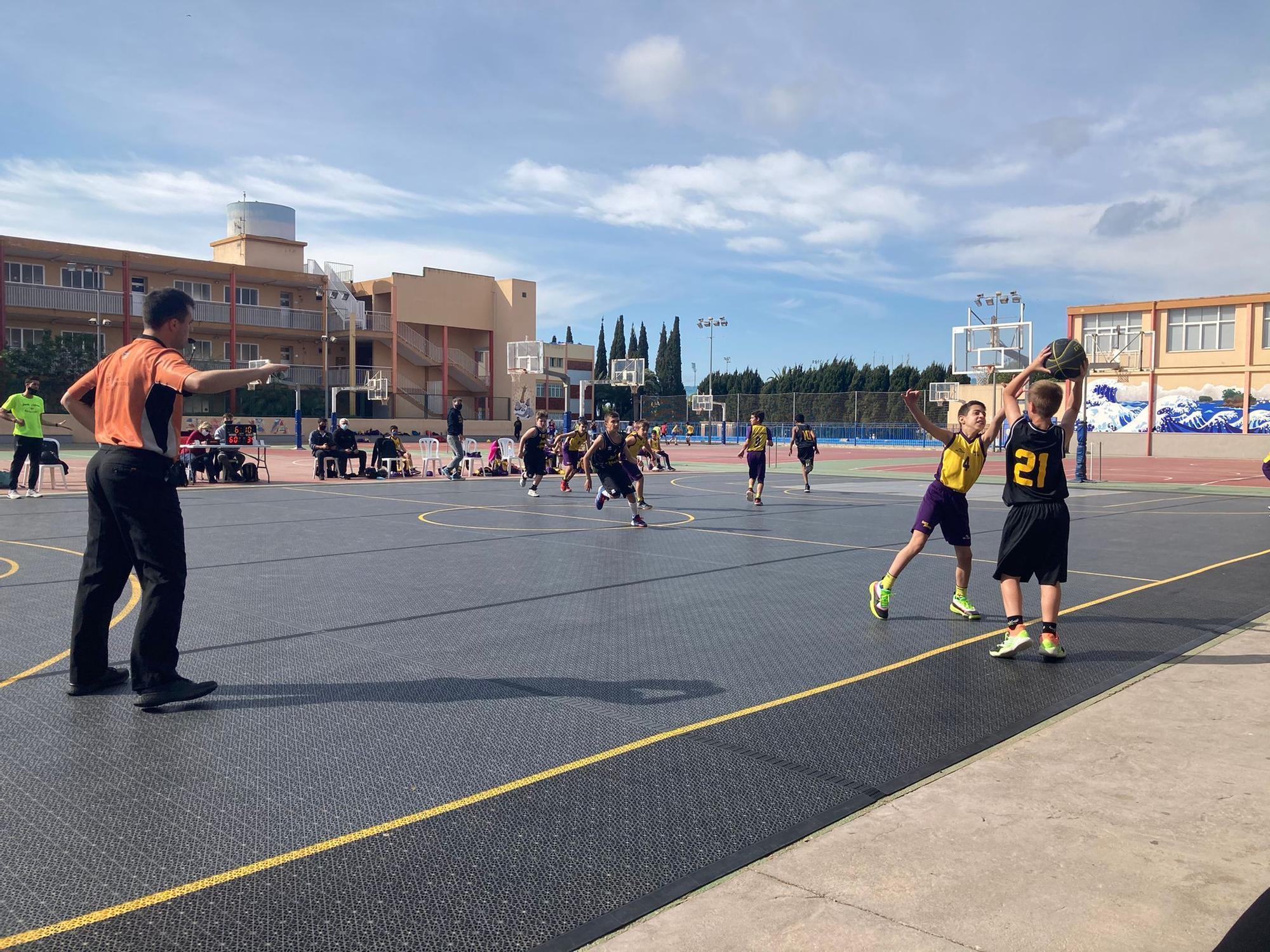 Partido de b�squet en San Josep 1.jpg