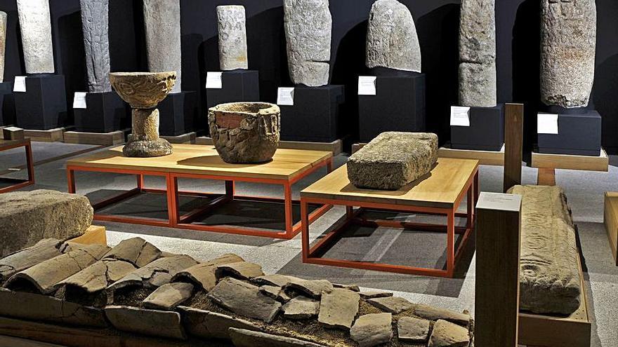 El Museo Arqueolóxico muestra sus fondos pétreos en San Cibrao de Las