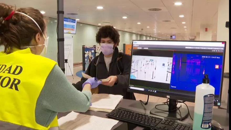 La UE acelera el proyecto de pasaporte COVID para el verano