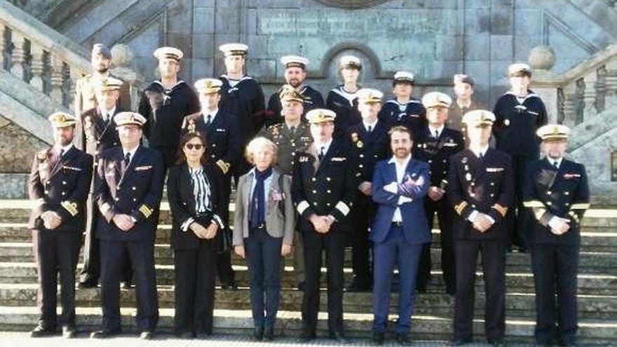 Quince militares de la Escuela Naval reciben la certificación de profesionalidad