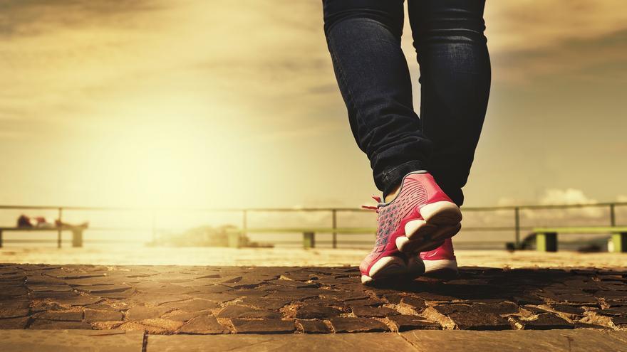 Cuántos pasos hay que andar al día para adelgazar