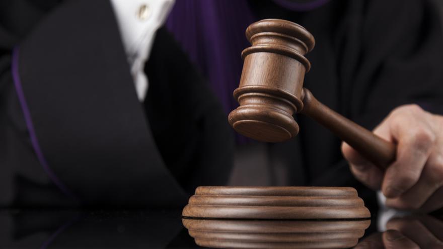 Revocada la sentencia de nulidad matrimonial: ella lo solicitó porque él 'ocultó' que era homosexual