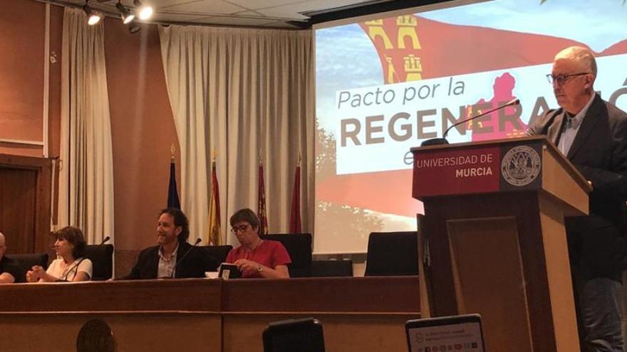 """La plataforma por la Regeneración pide que el futuro """"se decida aquí"""""""