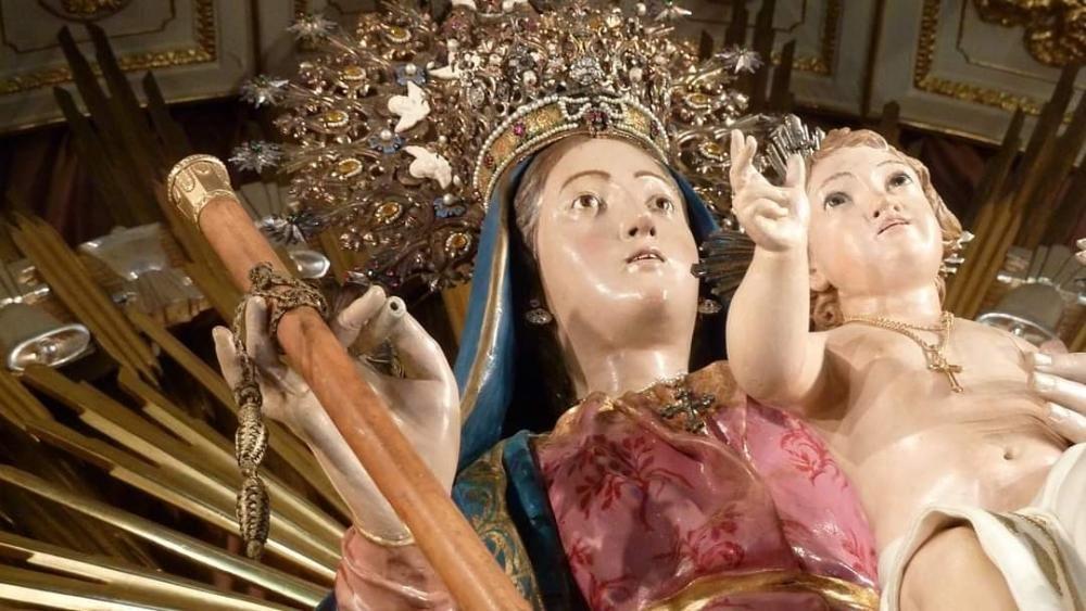 La talla románica venerada en Foyos es una imagen policromada del siglo XIII