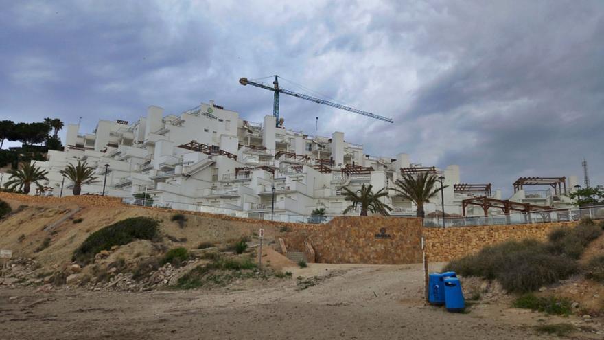 El Campello duplica sus apartamentos turísticos con la apertura de Cala Lanuza