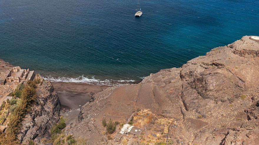 Las reticencias en    la Cumbre dejan al Roque Nublo fuera del Parque Nacional