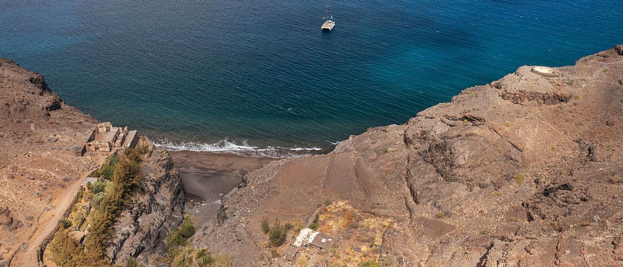 Las reticencias en    la Cumbre dejan al Roque Nublo fuera del Parque Nacional     LP/DLP