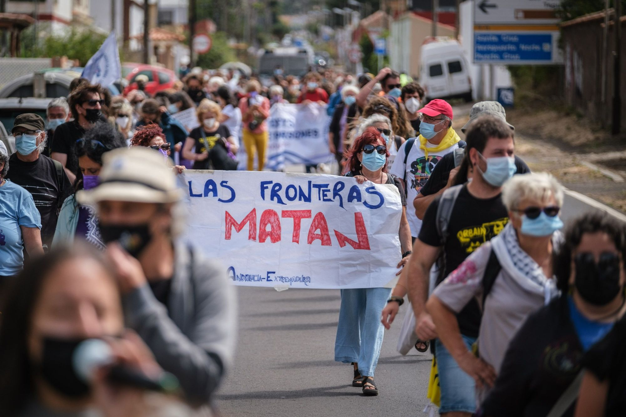 Manifestación a favor de los migrantes en La Laguna