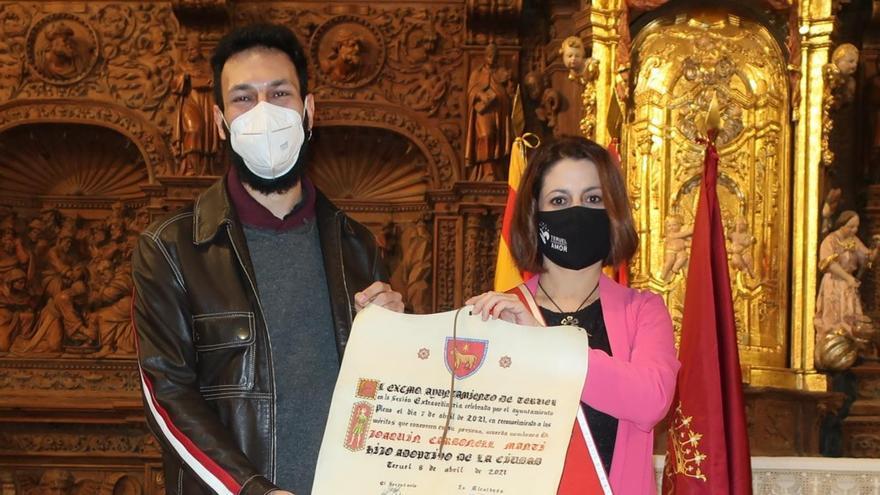 Teruel nombra al cantautor Carbonell hijo adoptivo a título póstumo
