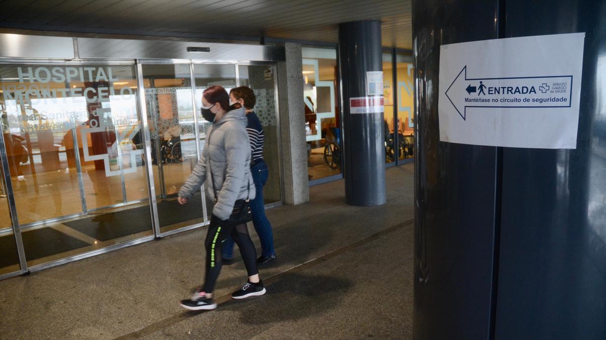 Entrada principal del Hospital Montecelo.