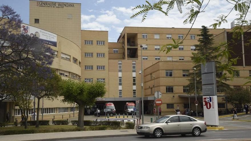 Alarma por un fuego cerca del Hospital General en Castellón