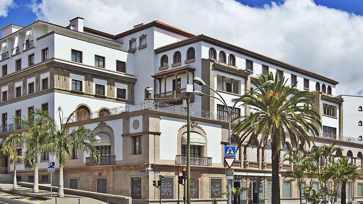 Imagen del Hotel Iberostar Mencey, donde se produjeron celebraciones el fin de semana sin respetar las medidas sanitarias.