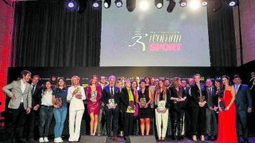 Woman y Sport entregan los primeros premios a la mujer en el deporte