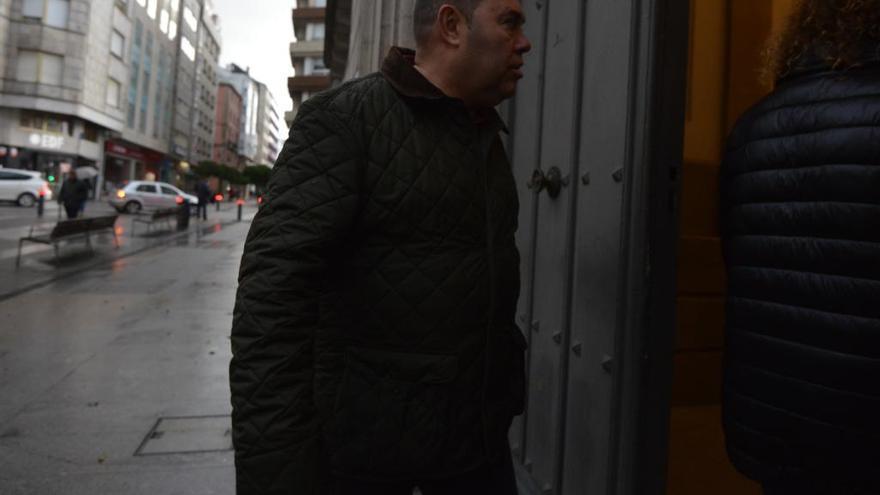 """Aplazado el juicio por fraude fiscal contra el """"rey de las verbenas"""""""