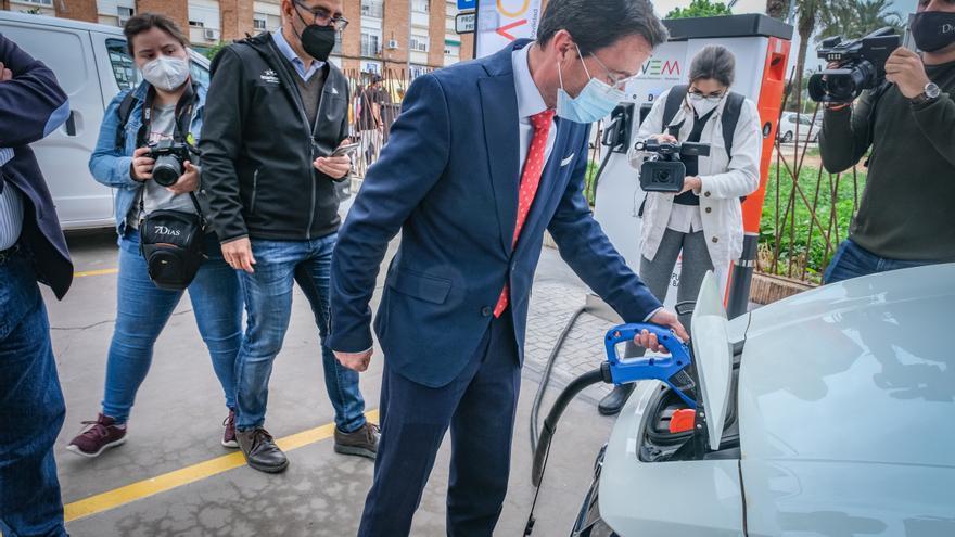 La red de electrolineras de la provincia de Badajoz estará operativa este verano con 25 estaciones