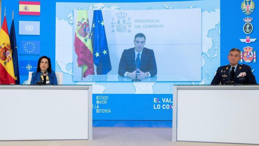 """Sánchez agradece a las Fuerzas Armadas su """"lealtad al servicio de la democracia"""""""