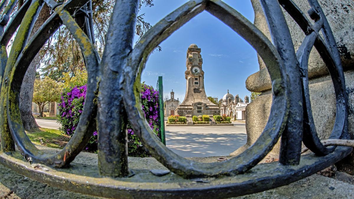 VÍDEO | Así es la visita guiada y gratis al cementerio Pereiró de Vigo