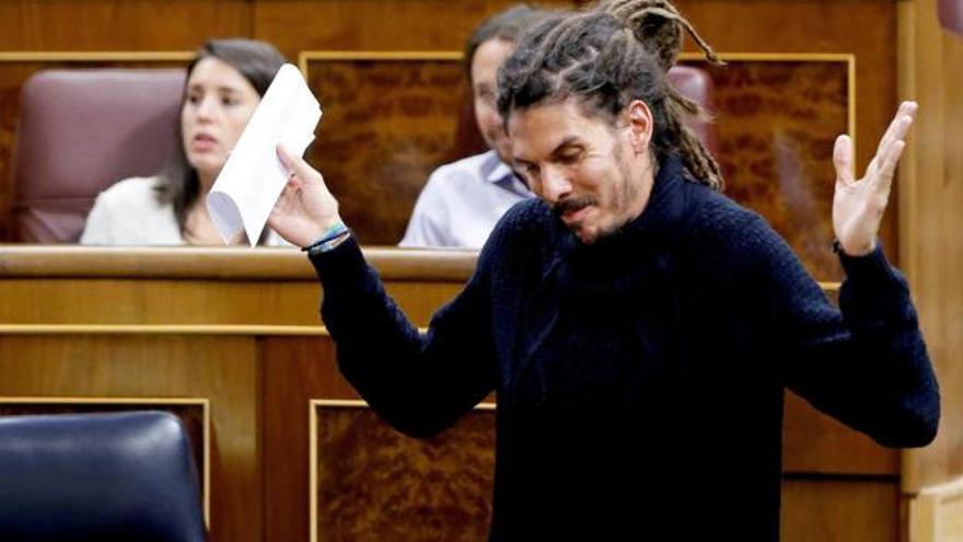 """Alberto Rodríguez: """"El voto democrático de miles de canarios está siendo atacado sin base jurídica alguna"""""""