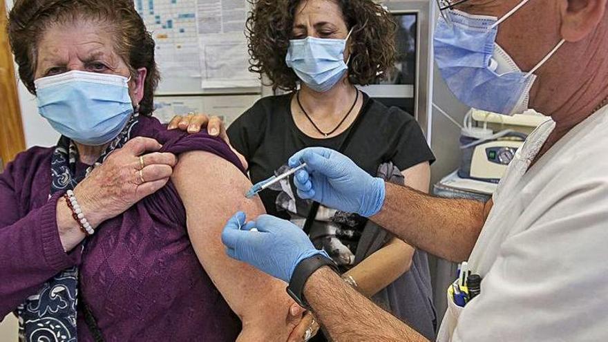 Objetivo: Vacunar en dos meses a los 173.527 mayores de 70 años