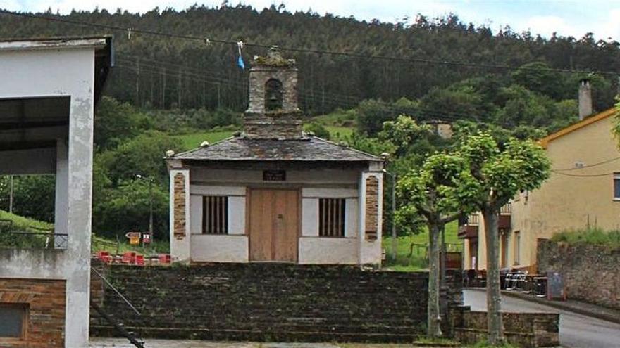 San Tirso derribará el palco y talará los árboles de la céntrica plaza de San Juan