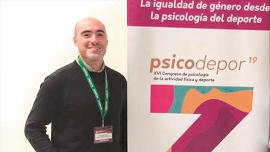 Luis Manuel Martínez: «No concibo el día sin estudiar, es para mí una forma de vida»