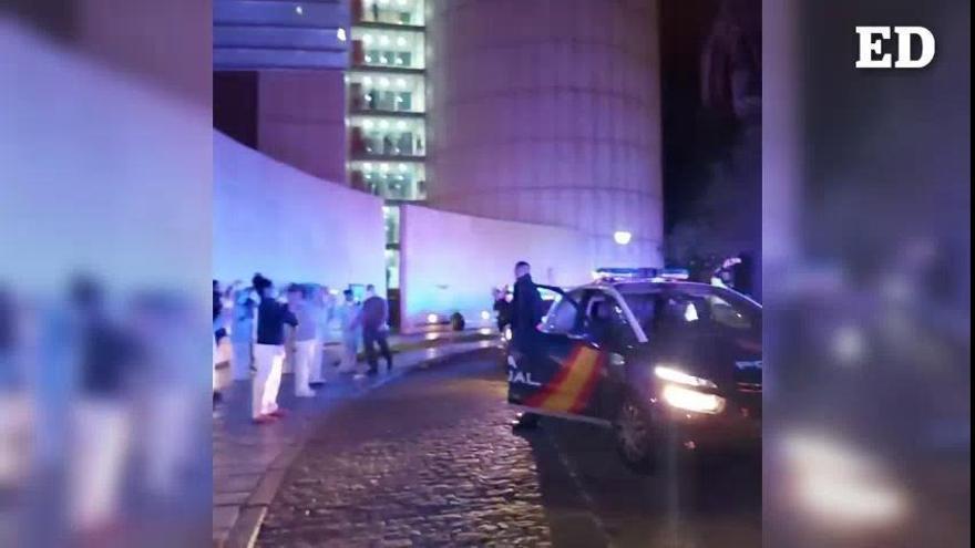 ¡Juntos podemos! El grito unánime de policias y sanitarios de Tenerife