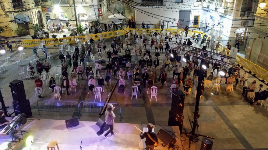 El gobierno municipal de Monóvar desmiente la falta de medidas de seguridad en los conciertos de la Plaza de la Sala